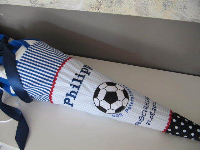 Schultüte Zuckertüte Fussball Jungs blau von Lottanelli auf DaWanda.com