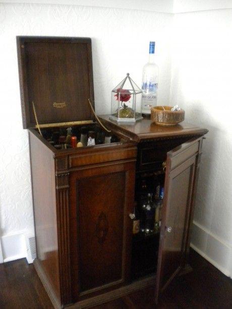 8 best Victrola ideas images on Pinterest   Antique furniture, Bar ...
