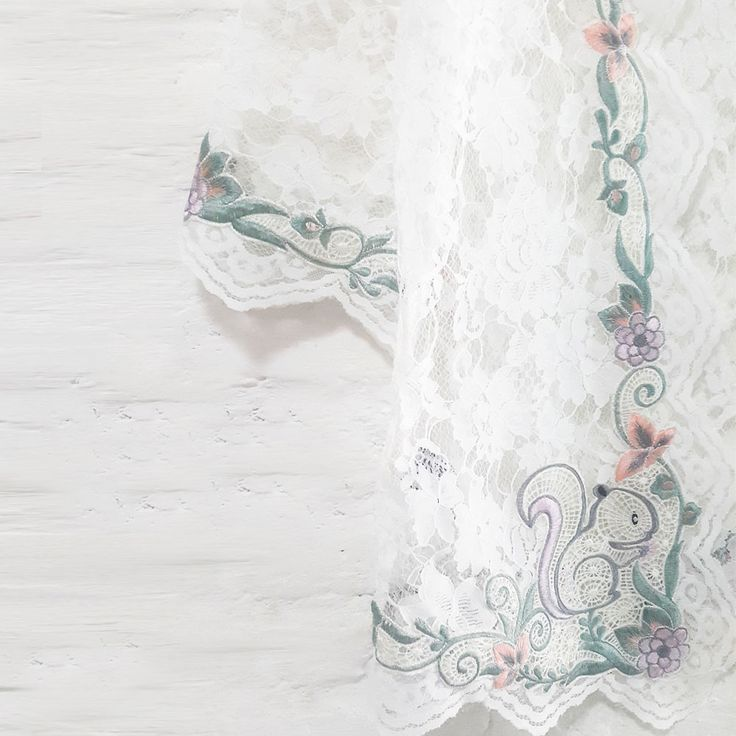Candy Squirrel Lace 001 – Non&Nik