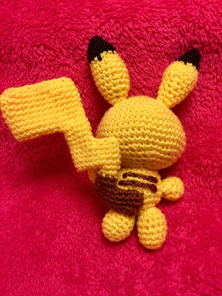 Pikachu amigurumi pokemon para Montse!