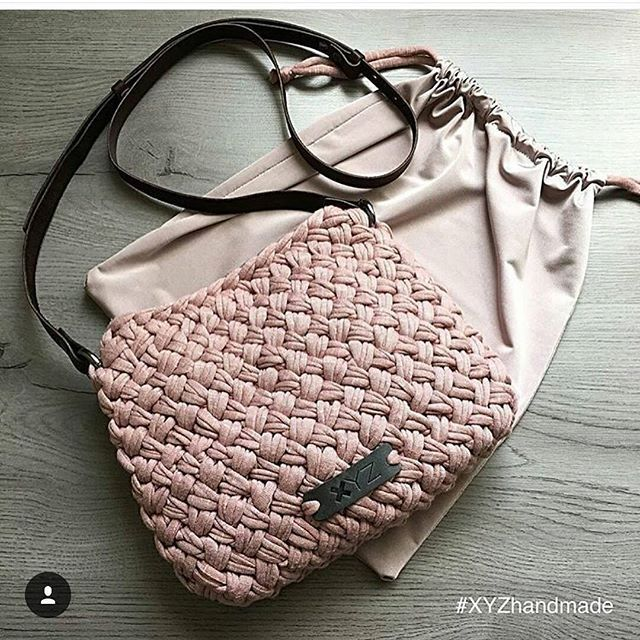 Yine fikir amacli bir paylasim... #örgü #crochet #penyeipcrochet #penyeip #örgümodelleri #orgurehberi #handmade #handmadewithlove #orgumuseviyorum #örgüfikirleri #knit #knitting #knitinstagram