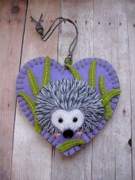 Huggable Hedgehog Knitting Pattern : Best 25+ Red hearts ideas on Pinterest Valentines ...