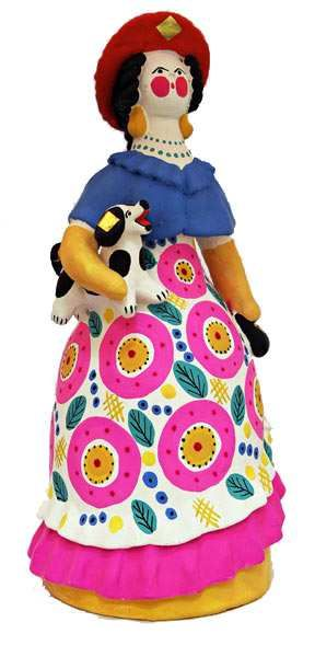 Дымковская игрушка - яркая, веселая, с характером.