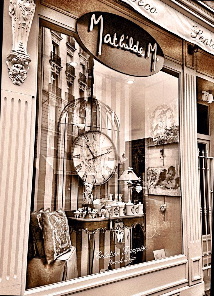 111 best paris images on pinterest paris paris france and frances o 39 connor. Black Bedroom Furniture Sets. Home Design Ideas