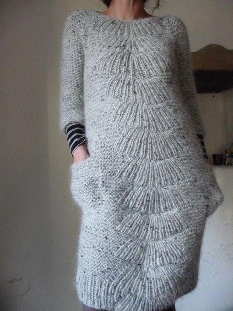 amazing dress, knit by cochenille, mod from a carrie bosctick hoge pattern