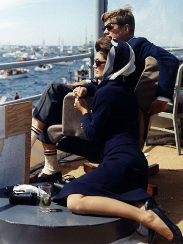 Jacqueline Kennedy Onassis. Probably the most famed for her fashion sense, Jackie gives a nod to monochromatic dressing and proves the power of a statement scarf.