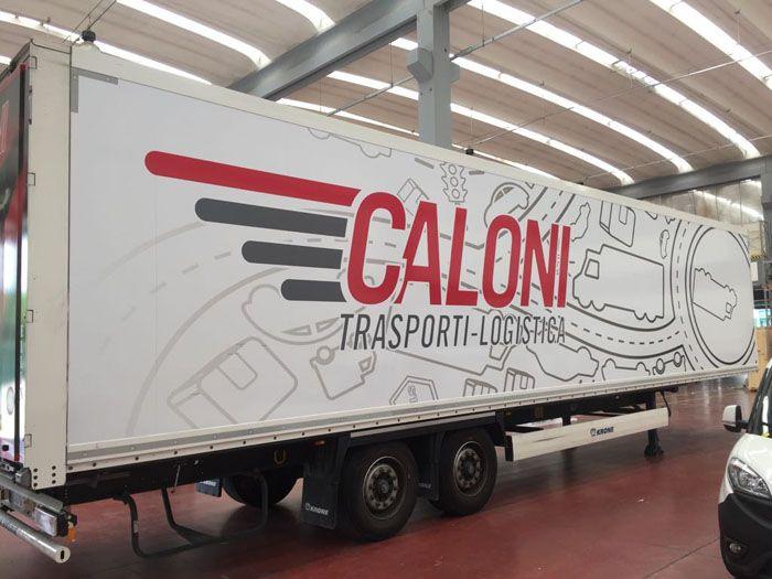 Rivestimento Totale Bilico Caloni - CARSWRAP è un'azienda che si occupa di pubblicità, opera da più di quindici anni nel settore delle decorazioni.