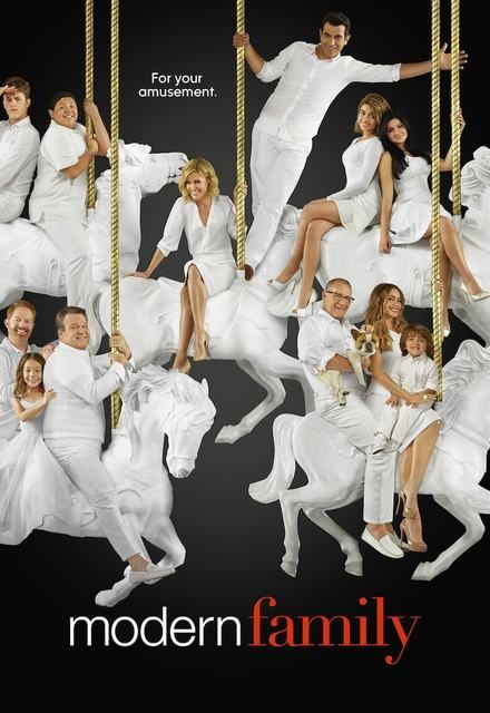 Watch Modern Family Online Show Poster
