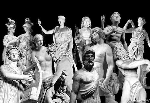 """MCN, Montagem com esculturas gregas  <BR>(Ares, Atena, Hera, Zeus, Hermes, Artémis,  <BR>Apolo, Afrodite, Poseidon, Hefesto, Dioníso, Hades), 2005***** <BR>.................................................................... <BR> <BR>A maior relevância quando o assunto é Mitologia Grega <BR>é o patamar dos """"maiores"""" deuses; os mais ilustres; os que  <BR>rediam mais cultos; os que habitavam o Monte ..."""