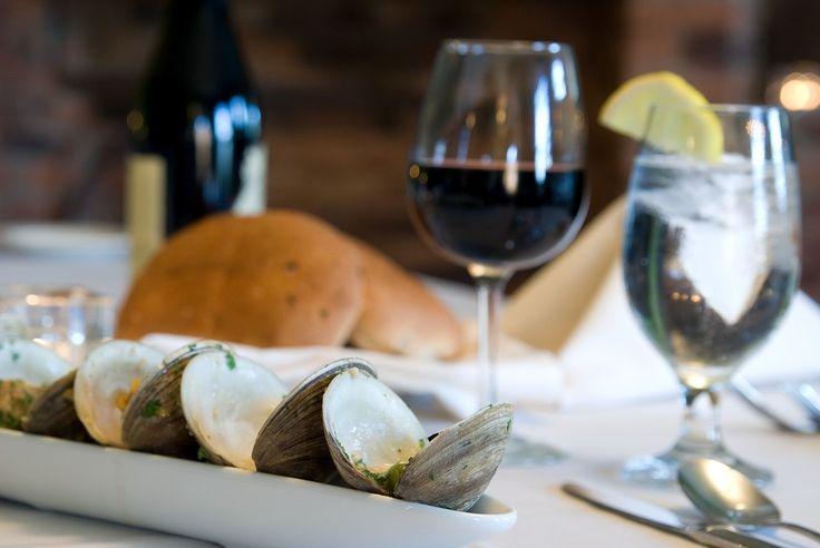 Disfrutando de la #SemanaSanta con #vino #Protos http://tienda.bottleandcan.es/es/ribera-del-duero/82-vino-protos-tinto-roble-ribera-del-duero-75-cl.html   #wine #winelover #beer #craftbeer #riberadelduero #rioja #rueda #toro #jumilla #cigales #viñedo #vineyard #uva #grape #vendimia #vintage #TiendasOnline #Gourmet #bottleandcan #Granada #Andalucia #Andalusia #España #Spain www.tienda.bottleandcan.com 🍷🍴 📞 +34 958 08 20 69 📲 +34 656 66 22 7