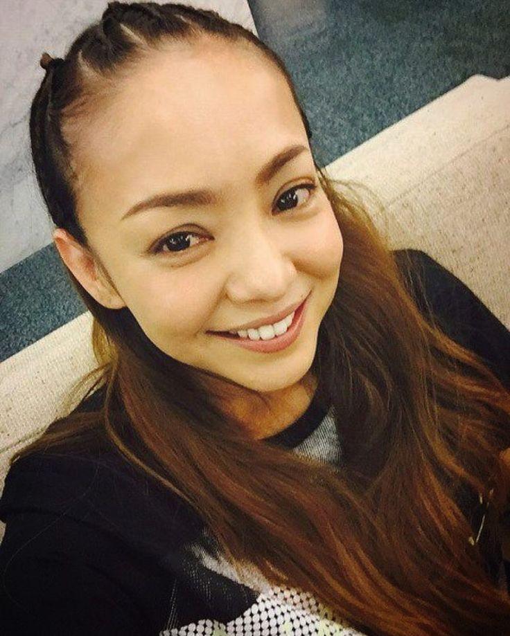 いいね!969件、コメント11件 ― ✨安室ちゃん✨さん(@namie_amuro_love2000)のInstagramアカウント: 「俺がこのアカウントを作って1年ちょいになるけど…俺の顔や名前を知ってる人はほんの極僅かホント人見知りだからなかなかアム友できないまたLIVE会場で素敵な出会いがあればイイなぁ〜さこくん&かおりさん元気かぁ〜⁉️俺は超元気でーすちびアムちゃん&ママアムさんも3人で写真お願いしまーす姉御とkeicoさんも是非お会いしたーいえりか遊び行こうぜぃ✌️✌️…」