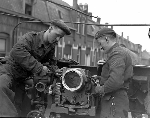 14th Army Field Regiment, 2 Canadian Corps  Tilburg, Holland, 17Mar45. (LAC, PA114378)