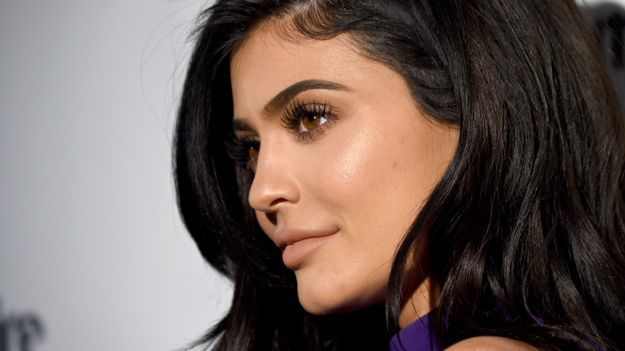 News Videos & more -  Kylie Jenner, We See You And That Iceberg Of A Maybe-Engagement Ring #Music #Videos #News