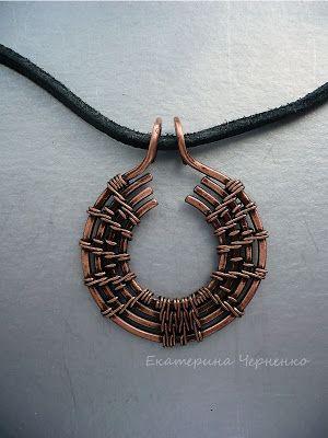 4-strand circular weave