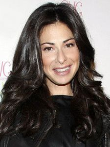 Stacy London Hairstyle, Makeup, Dresses, Shoes and Perfume - http://www.celebhairdo.com/stacy-london-hairstyle-makeup-dresses-shoes-and-perfume/
