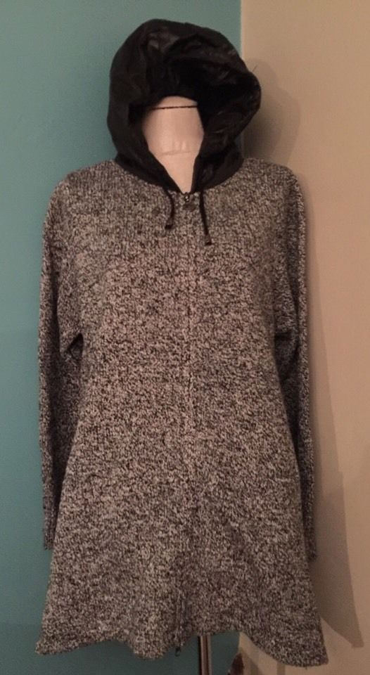 L a.n.s. New NWT Women's Sweater Hoodie Adorable Black and White Zip Up Heavy #ans #ZipUpHoodie