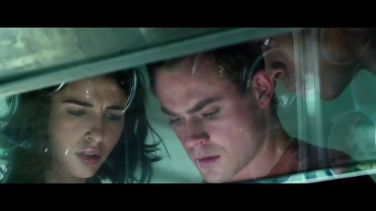 Power Rangers - Novo trailer internacional resume todos os vídeos até agora, O primeiro trailer de Power Rangers apresentava os cinco personagens principais