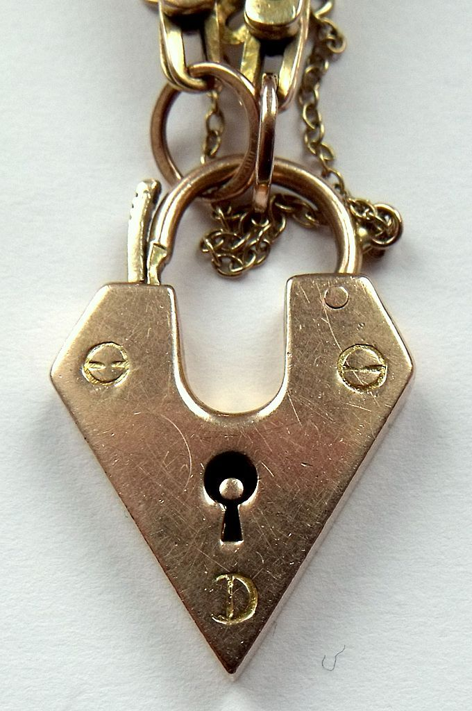 Antique Edwardian 9ct Gold Gate Bracelet Rare Padlock
