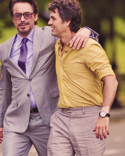 Tony Stark + Bruce Banner  Science bros~ :D