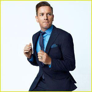 Blue shirt, Blue suit.   Simplicity is beautiful.