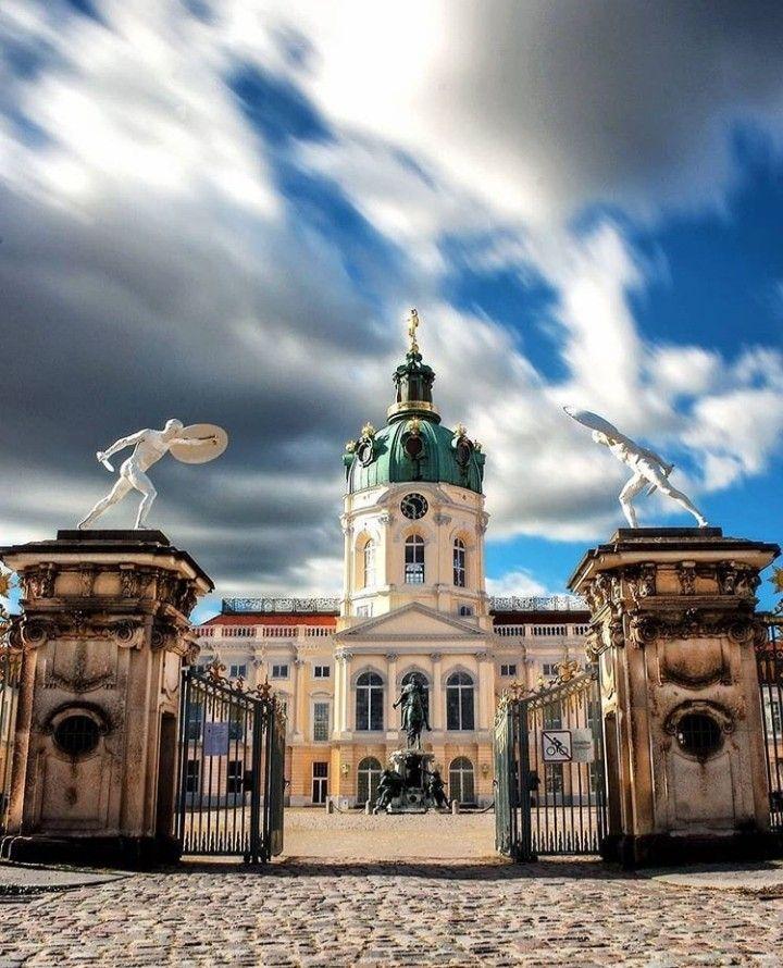 Pin Auf Schlosser Burgen