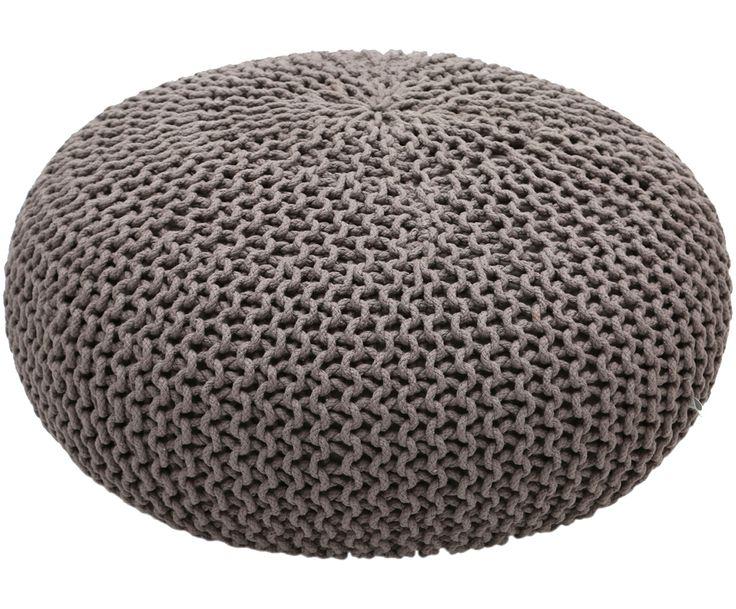 Bequemer Luxus: Setzen Sie bei der Wahl Ihrer Sitzgelegenheiten auf Qualität. Der handgefertigte Pouf FLAT von Jill & Jim Design bietet Ihnen jetzt genau das: Hochwertige Polystyrolkügelchen umhüllt von weicher Baumwolle sorgen für reichlich Gemütlichkeit. Und: In trendigen Farben gibt es die süßen Poufs obendrein!