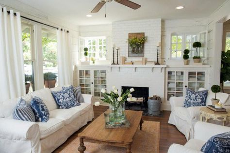 Beanstalk Bungalow | Living Room | Fixer Upper