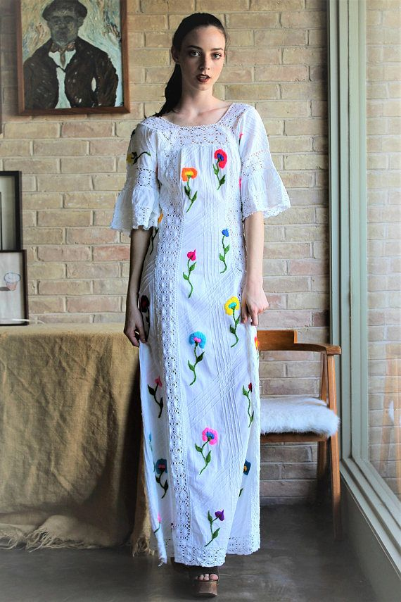 031a236b916 We just can t get enough of this amazing vintage Mexican maxi dress! Floor  Length Dress Women Vintage 70s XS Mexican Dress