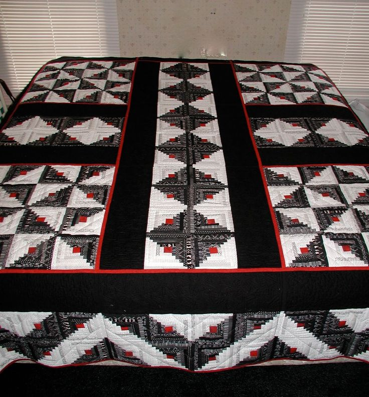 Log Cabin Quilt Pattern Free Queen Size : 17 Best images about Quilts on Pinterest Fat quarters, Quilt and Log cabin quilts