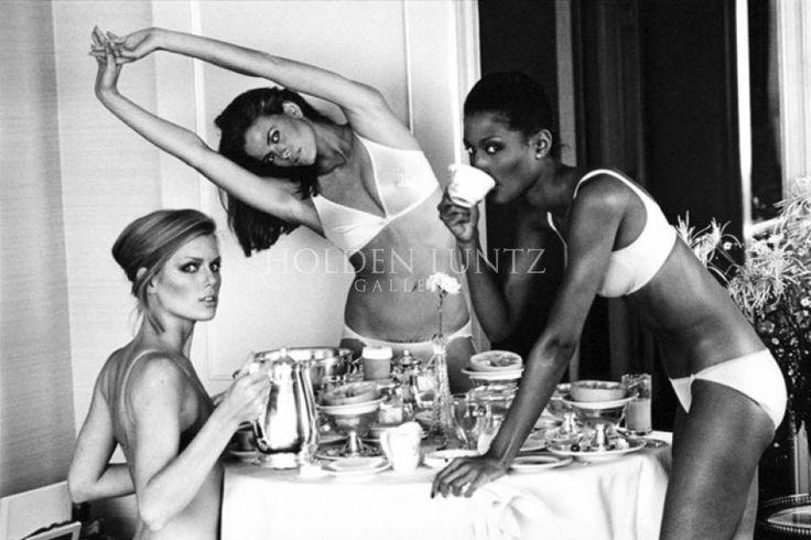 Arthur Elgort - Patti, Lisa, and Beverly at Breakfast