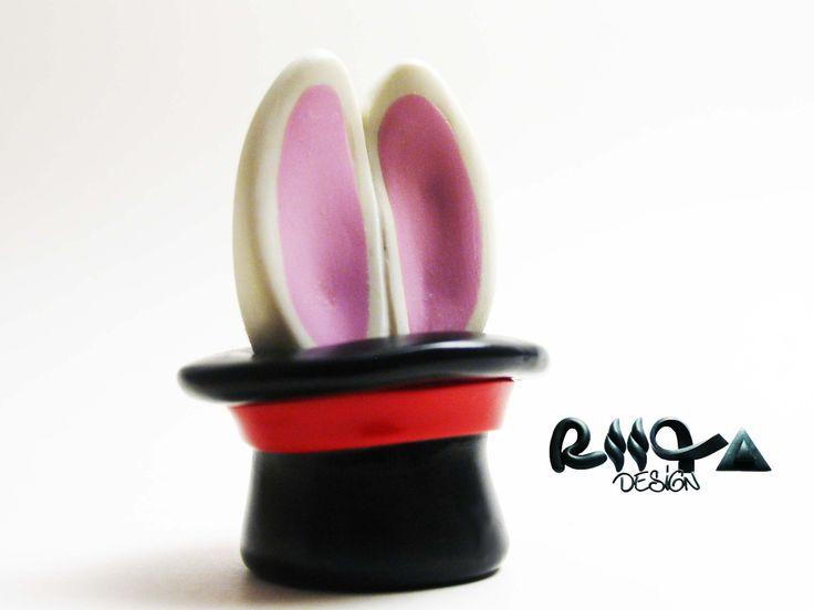 Clé usb lapin magique fimo 8 GO : Accessoires de maison par riita-design