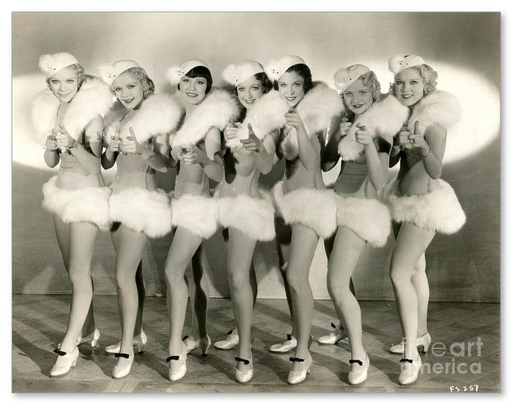 Chorus girls from 42nd Street (1933).