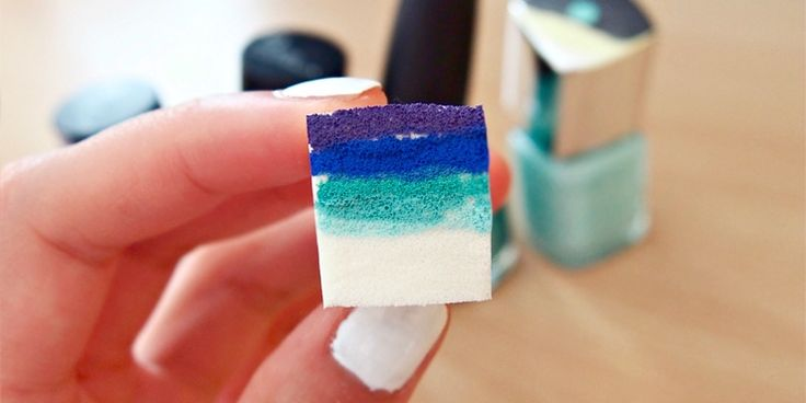 Mágicos diseños de uñas que sólo lograrás con una esponja