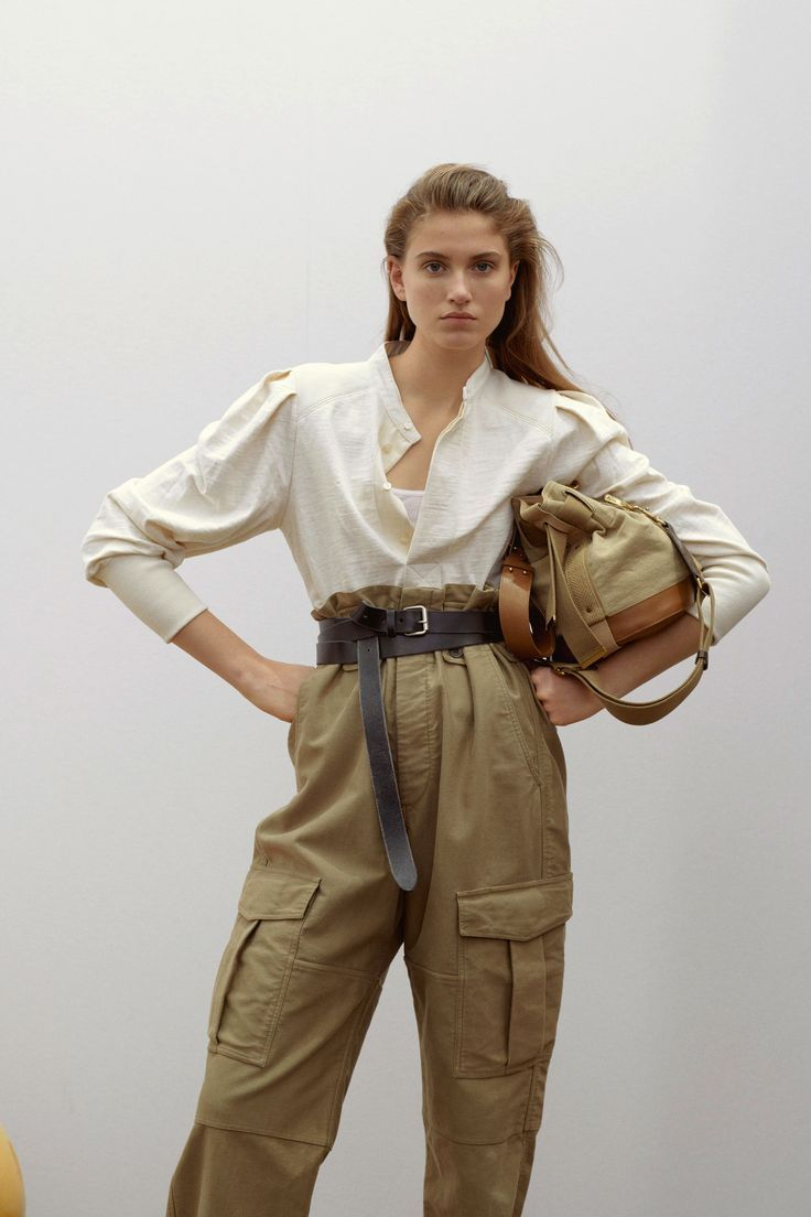 Star Isabel Marant Modenschau vor dem Herbst 2019 – Fashion – #dem #Fashion #Her…