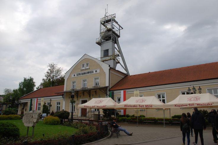 """Hoy visitaremos la Mina de Sal """"Wieliczka"""", declarada Patrimonio de la Humanidad por la UNESCO y uno de los lugares turísticos más conocidos de Polonia."""