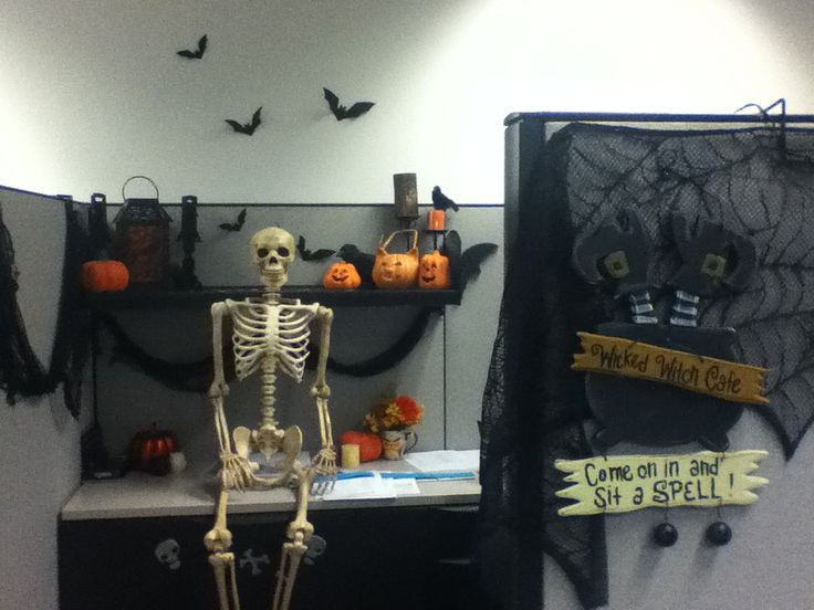 Decorating Ideas > My Halloween Cubicle Fall Cubicle Decorations, Cubicle  ~ 103118_Halloween Decorating Cubicle Ideas