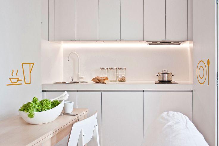 Małe mieszkanie (19 m2) urządzono tylko meblami IKEA. Urządzenie małego mieszkania było prawdziwym wyzwaniem: mały budżet i małe wnętrza. 90% mebli w tym mieszkaniu jest z IKEA. Zobaczcie jak pracownia Pl.architekci poradziła sobie z tym zadaniem i stworzyła świetne wnętrza. Dla nas rewelacja!