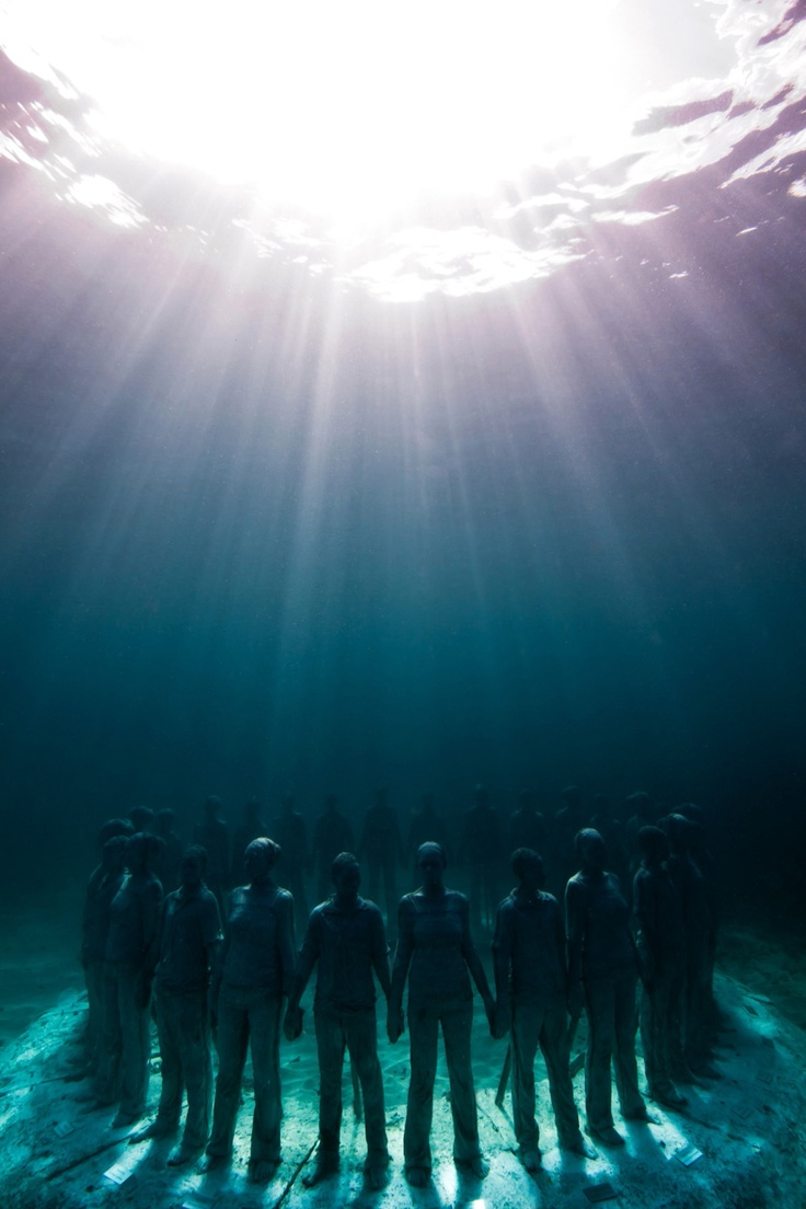 In the sea // Jason deCaires Taylor, installation image from Underwater #Sculpture, #MolinereBay