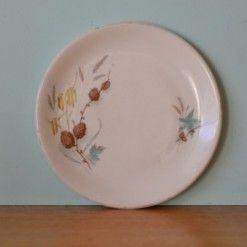 Vintage Alfred Meakin Charmwood plate