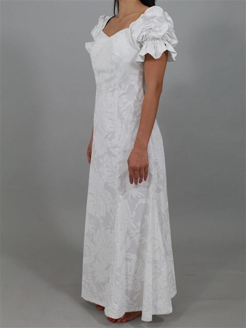 150 best images about wedding dresses gowns on pinterest for Hawaiian wedding dresses with sleeves