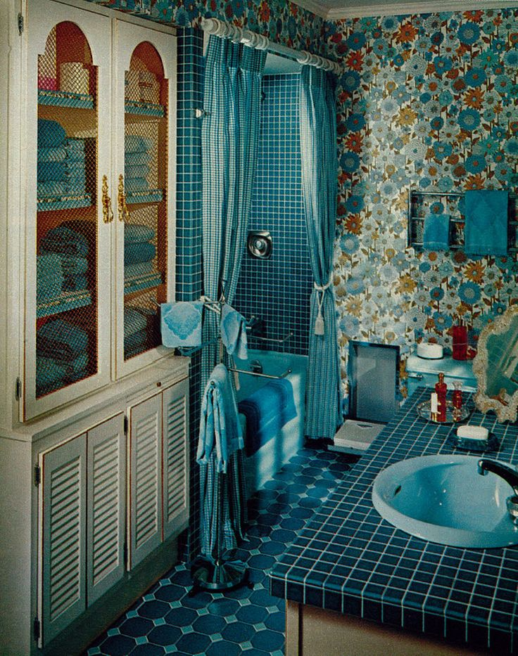 25 best bathroom images on pinterest vintage bathrooms for 1960s bathroom design