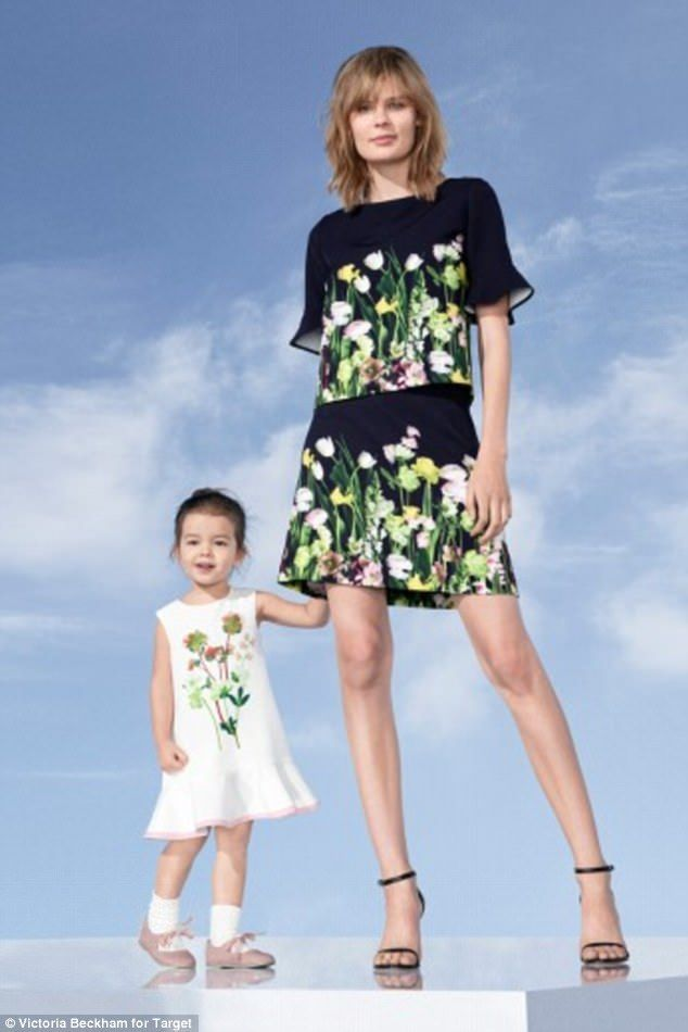 A coordinating mother-daughter look. Perfect for a spring party.  https://workinglook.com/2017/03/19/catching-spring-fever-with-victoria-beckhams-target-collection/