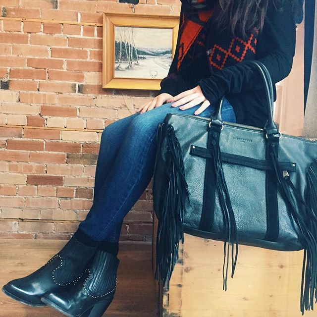 FRINGE BAG AND STUDDED BOOTIES