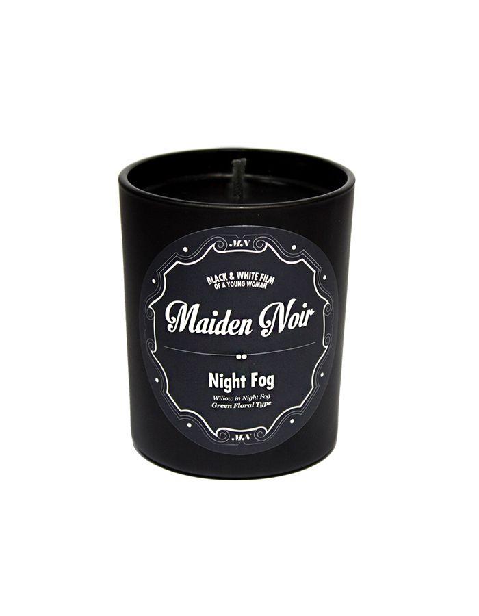 메이든느와르 베스트셀러이자 시그니처 향인  나이트퍼그는 그린 플로럴 타입으로  새벽 안개를 연상시키는 풀, 이슬 향기입니다.  숲 속 전체에 퍼지는 듯한 향이 심신 이완을 돕습니다.