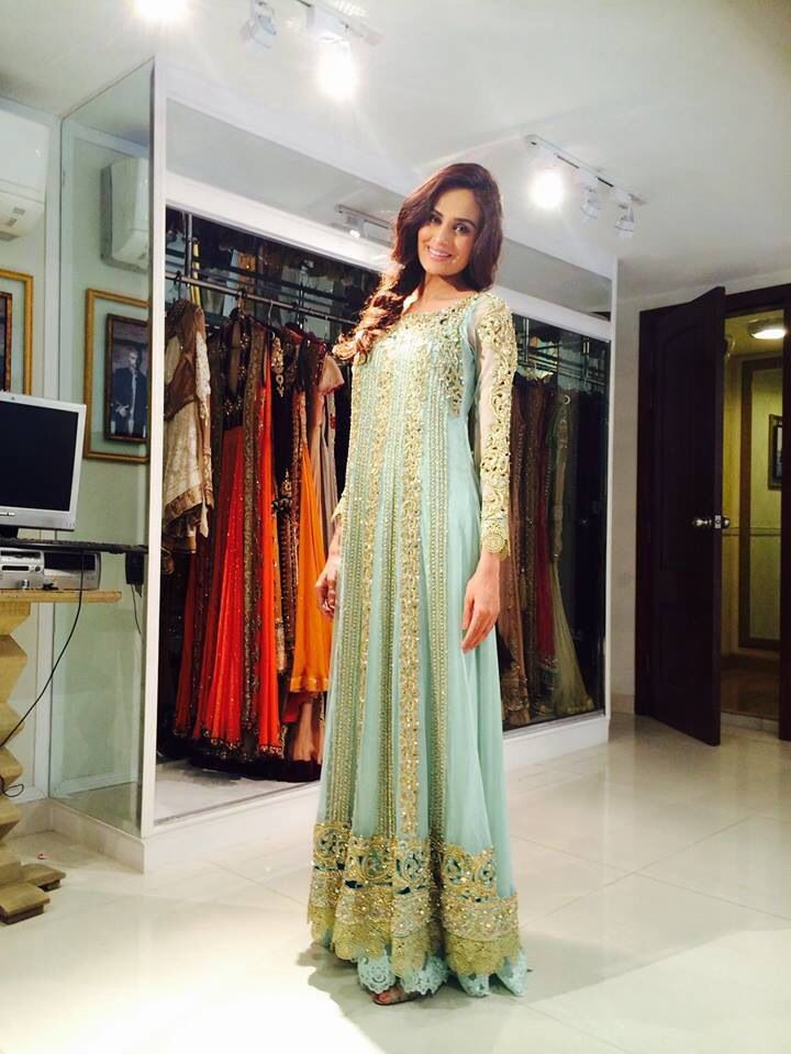 Pakistani Fashion - Model: Mehreen Syed rayban glasses just need $24.88.  www.raybanhote.com