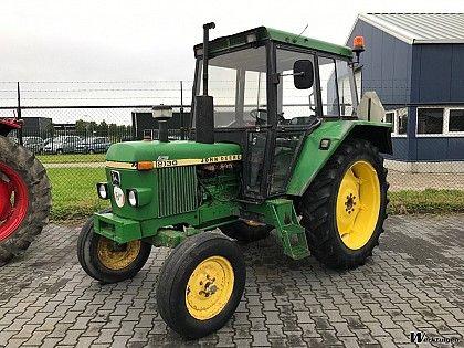 John Deere 2130 2WD - Tractor 2wd - Tractoren