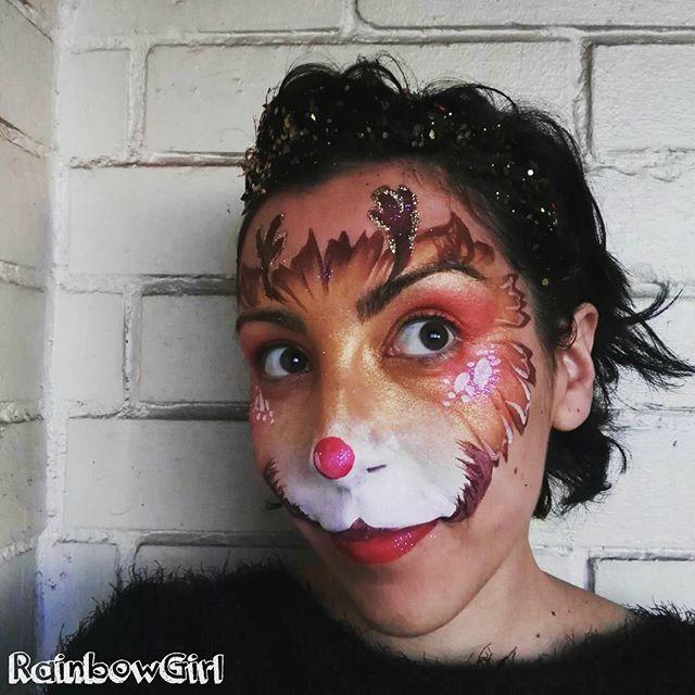 My first reindeer face paint!! hehe 😍🎄 // Mi primer maquillaje de reno!! Jiji 🎄😍 . . . #rainbowgirlbcn #reindeer #reno #facepainting #maquillajefantasia #pintacaras #navidad #christmas #christmasfacepaint #barcelona #ripollet #fiestasinfantiles #deer