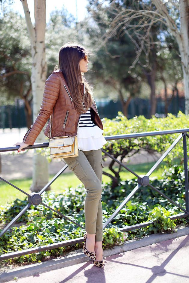H&m Green Olive Skinny Gargo Jeans  #H&M Jeans #Gargo Jeans #Gargo Jeans Outfit Ideas #Where To Buy Gargo Jeans #How To Wear Gargo Jeans #Olive Cargo Jeans #H&m Cargo Jeans #Skinny Cargo Jeans #Fashionista #Seams For A Desire Outfits