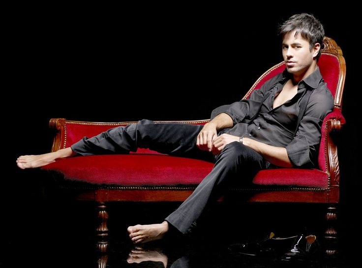 enrique iglesias barefoot - | Barefoot & famous...in ...
