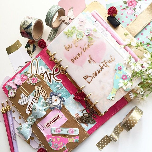 Set up of my #websterspages! #kikkik  #heidiswapp #colorcrush   #katespadeplanner